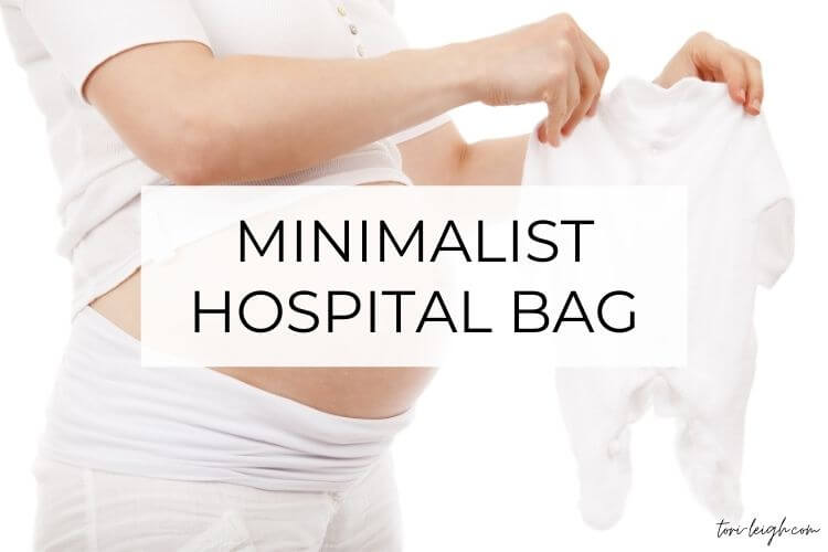 This image has an empty alt attribute; its file name is minimalist-hospital-bag.jpg