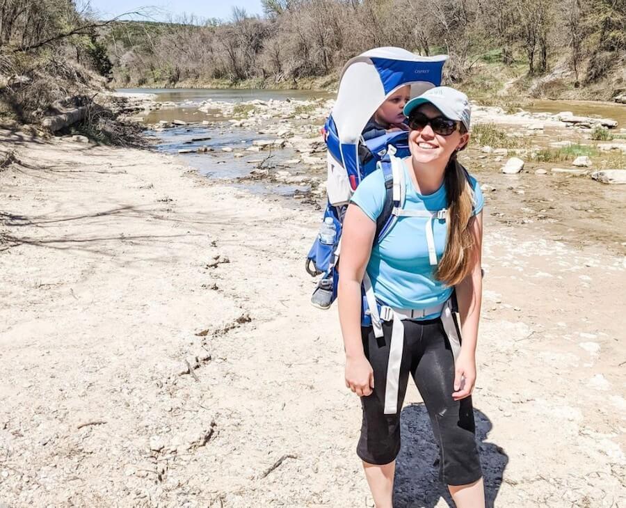 hiking dinosaur valley with the Osprey Poco Plus